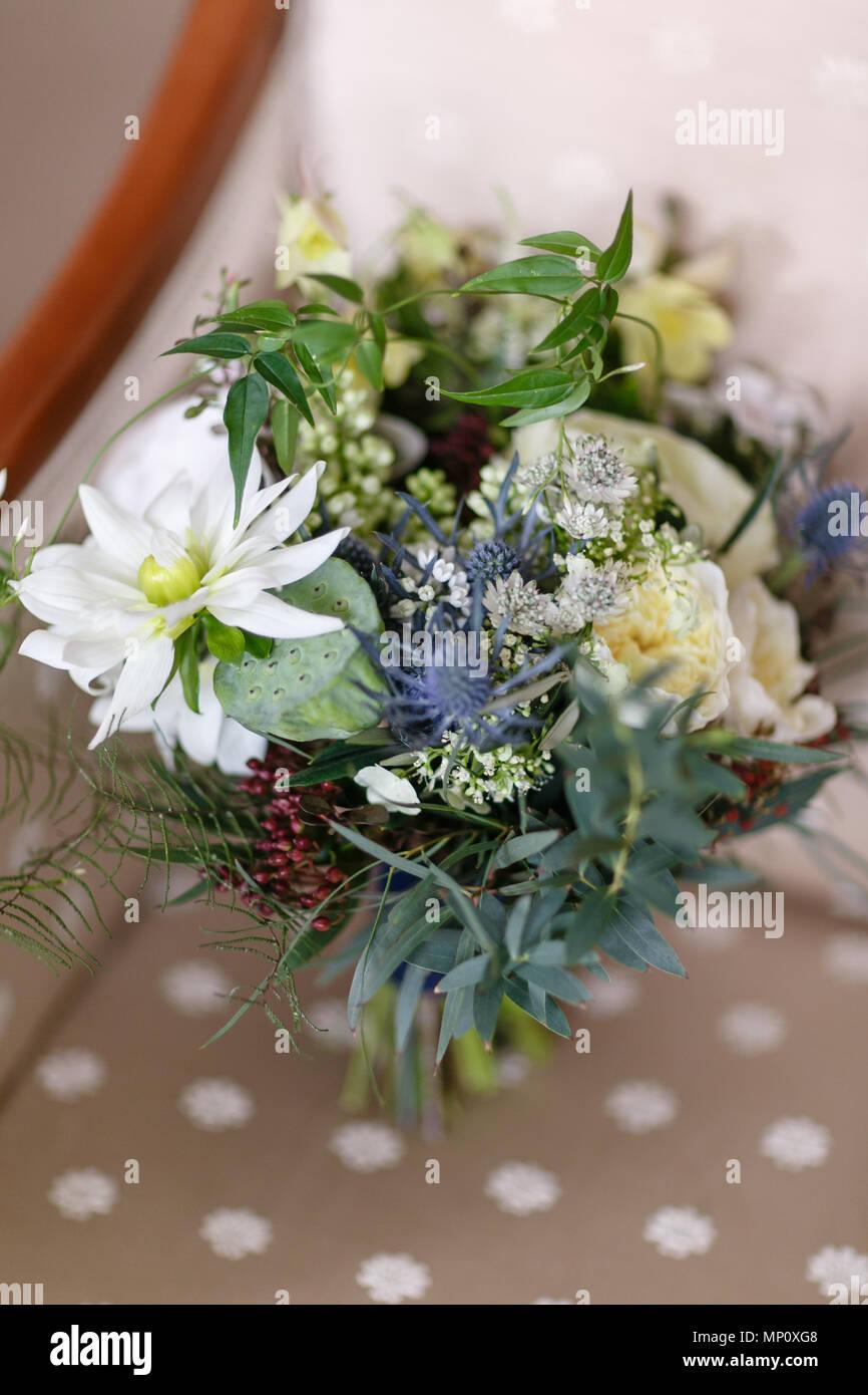 Wedding bouquet different flowers modern bridal bunch with poppy wedding bouquet different flowers modern bridal bunch with poppy flower and thistle mightylinksfo