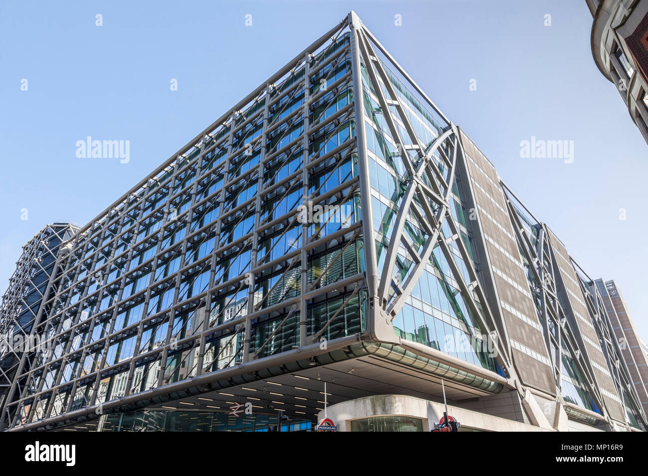Cannon Place building on Cannon Street in London - Stock Image
