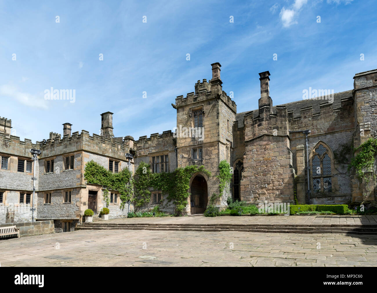Lower Courtyard at Haddon Hall, near Bakewell, Derbyshire, England, UK - Stock Image