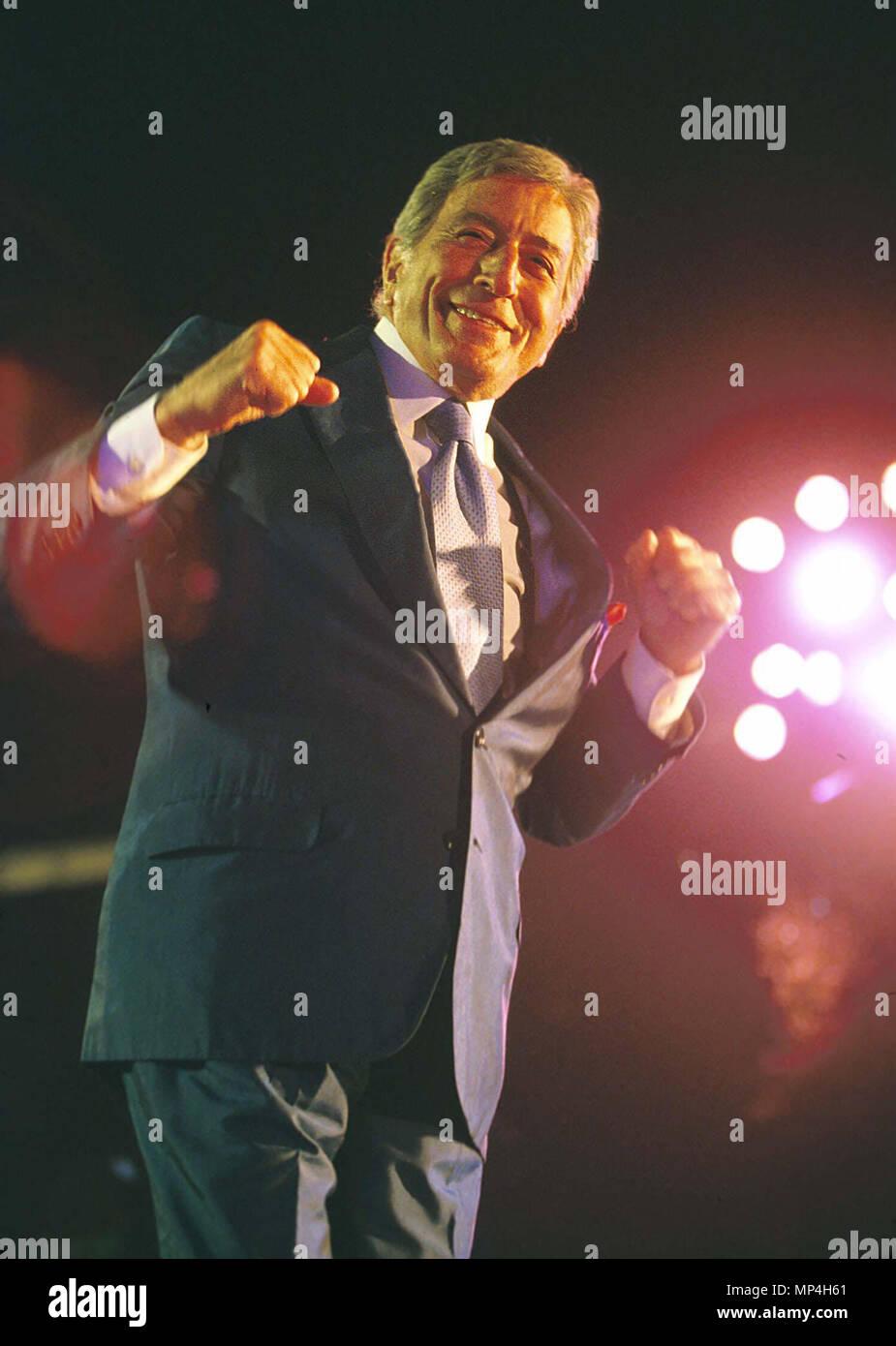 Tony Bennett Stock Photos & Tony Bennett Stock Images - Alamy