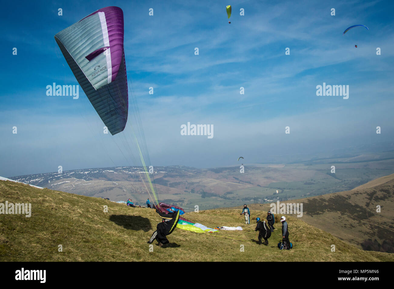 Paragliders, Peak District, UK. - Stock Image