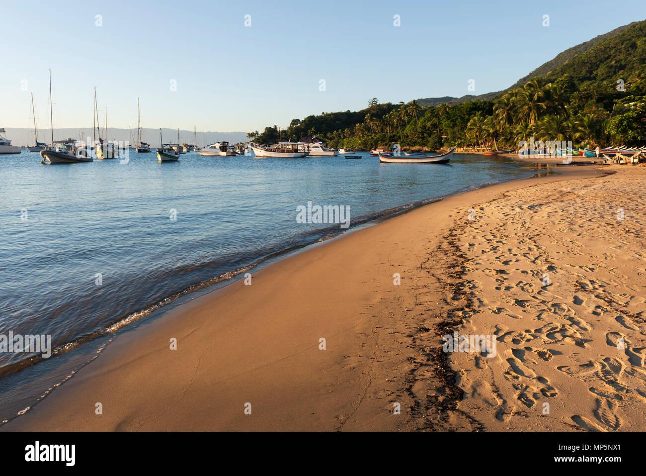 Santa tereza Beach, in Ilhabela, SE Brazil - Stock Image