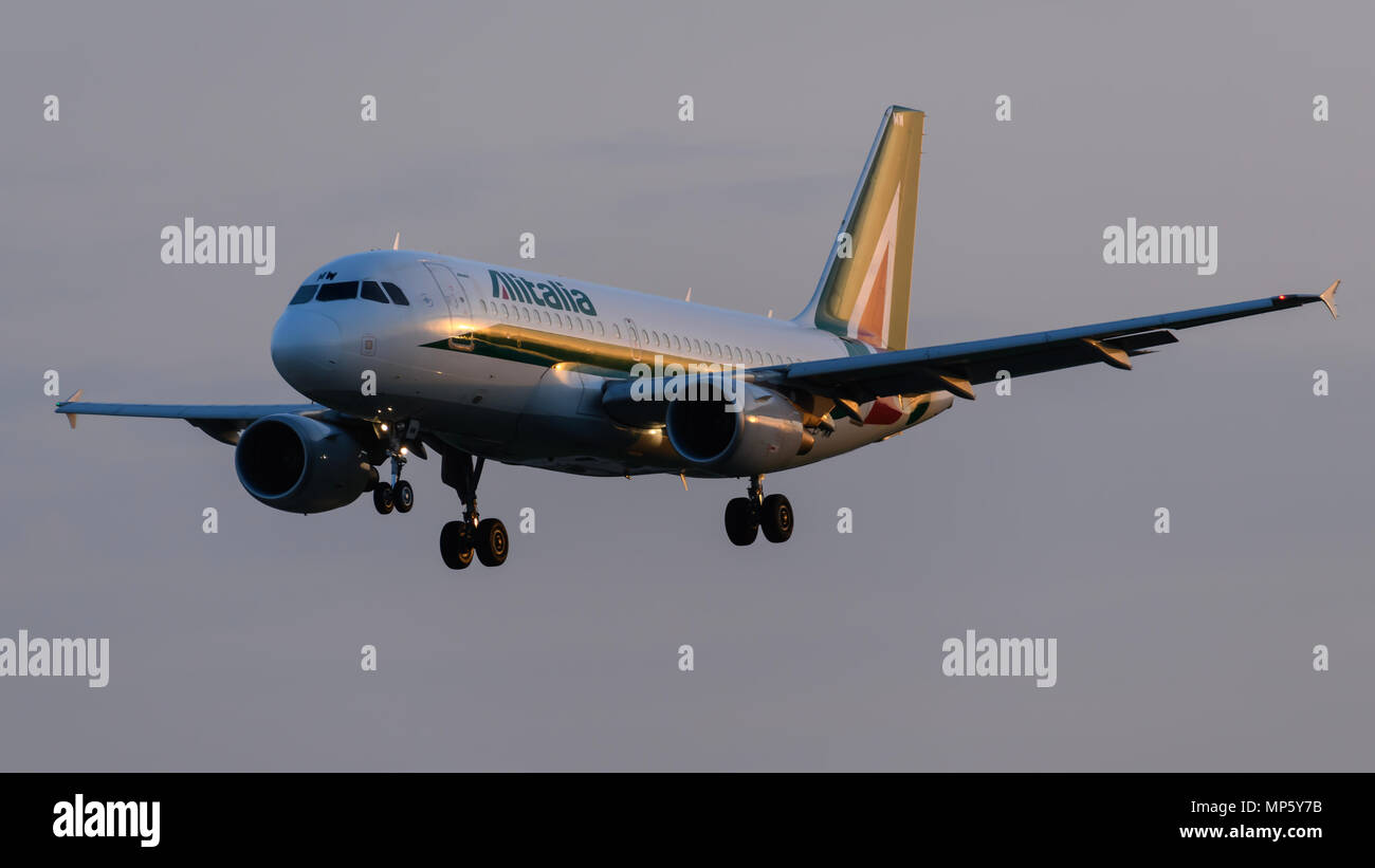 Alitalia Airbus A320 Landing at London Heathrow AirportStock Photo