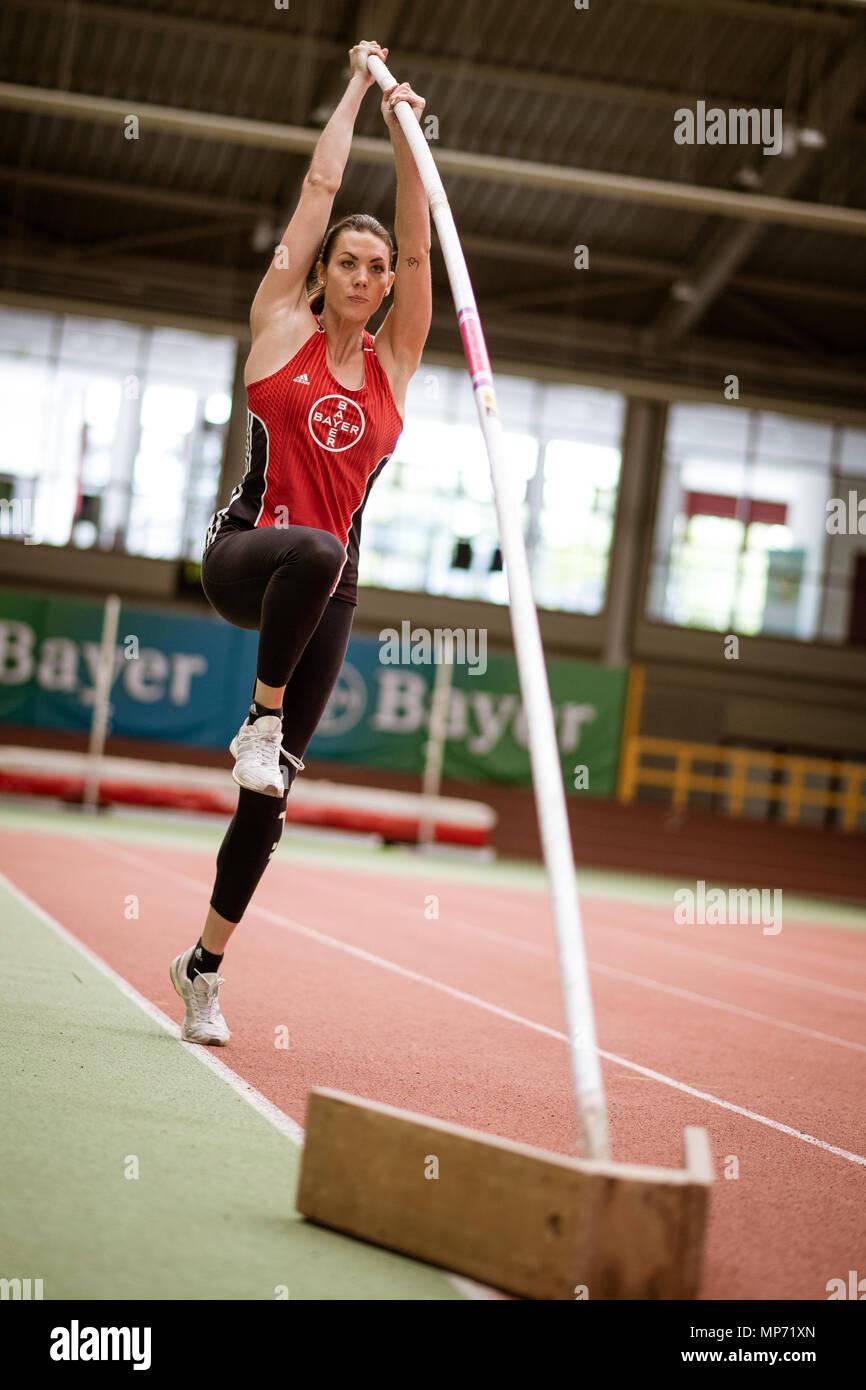 11 May 2018, Germany, Leverkusen: Pole-jumper Katharina Bauer of TSV Bayer 04 Leverkusen jumping. Photo: Marius Becker/dpa - Stock Image