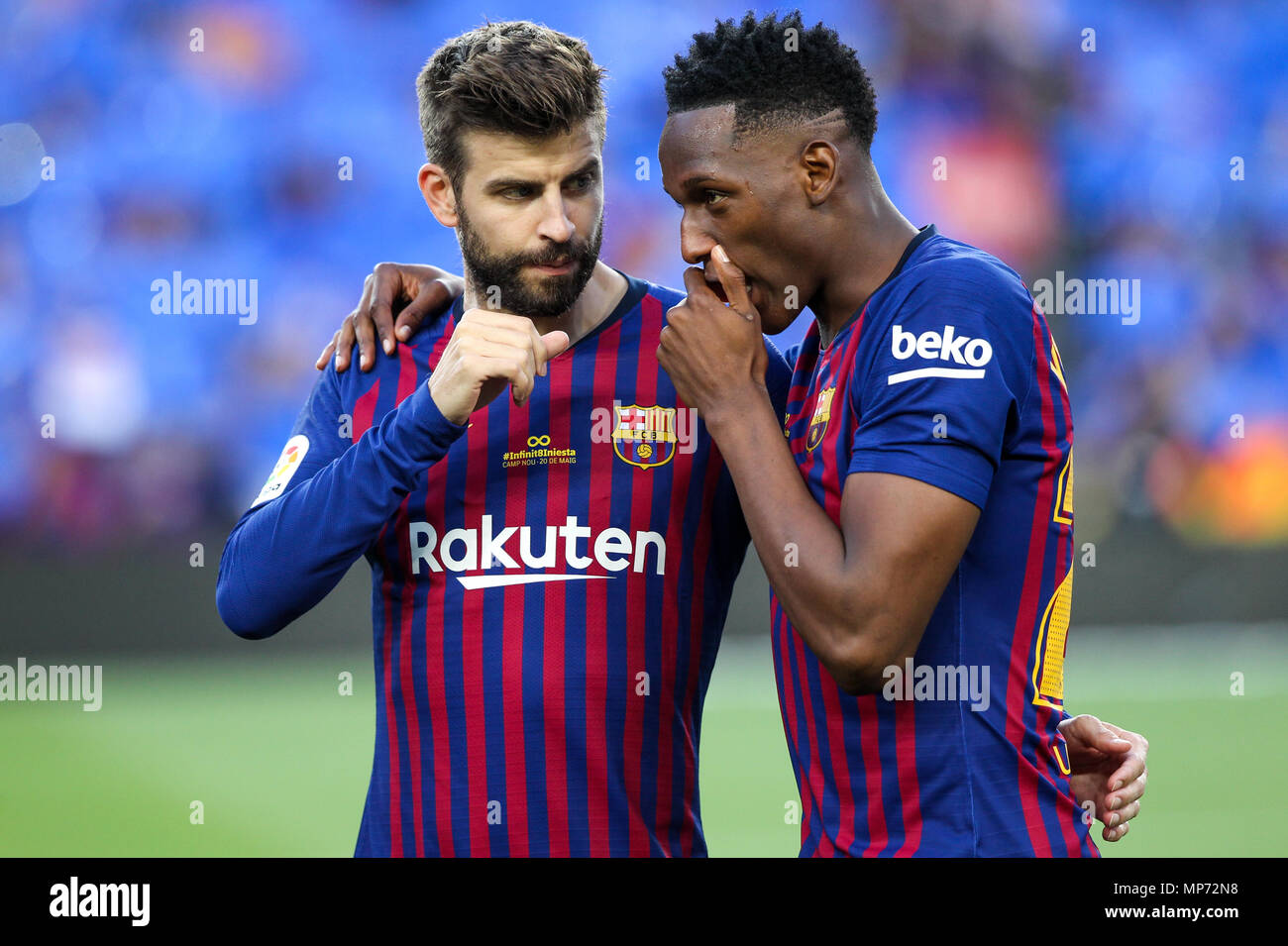 Barcelona 20th May Gerard Pique And Yerry Mina Of Fc Barcelona Talking Before The 2017 2018