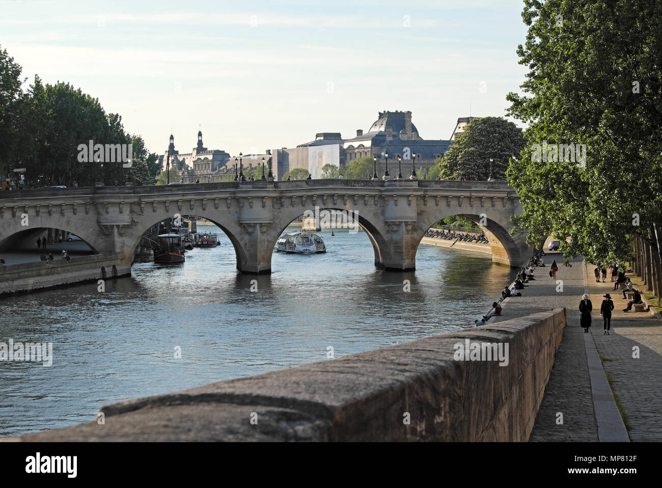 View of bridge along the Left Bank of the River Seine in Paris spring  KATHY DEWITT - Stock Image