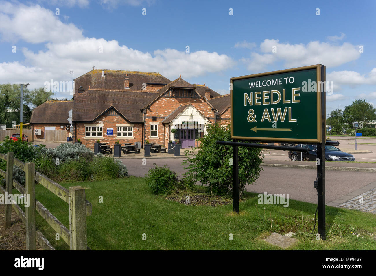 The Needle and Awl pub, part of the Hungry Horse chain of restaurants, Rushden Lakes, Northamptonshire, UK - Stock Image
