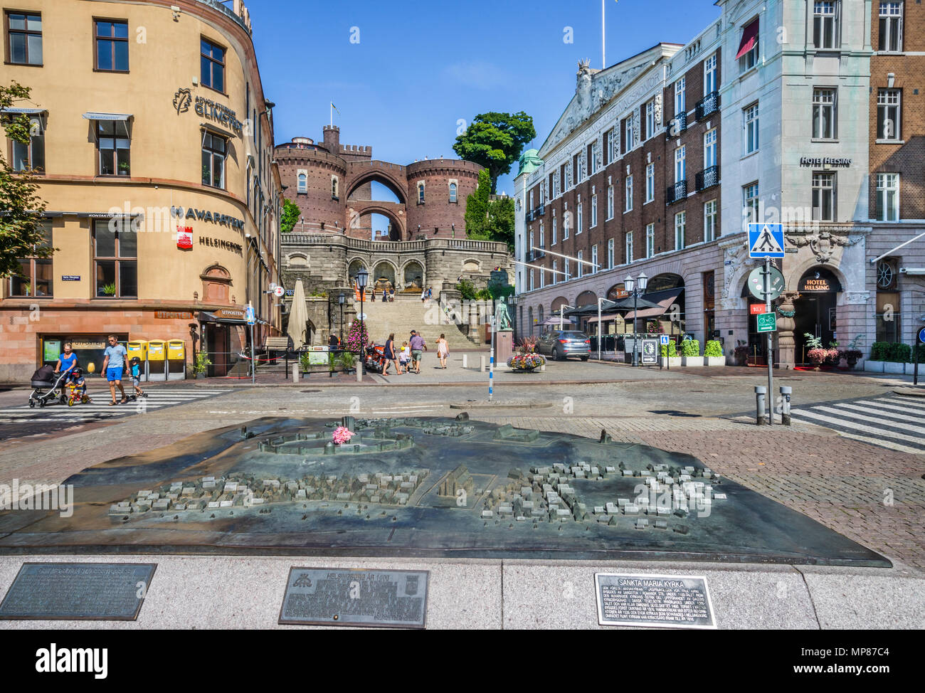 bronce scale model of historic Helsingborg at the Stortoget central main square against the backdrop of the Kärnan mediival castle, Helsingborg, Scani - Stock Image