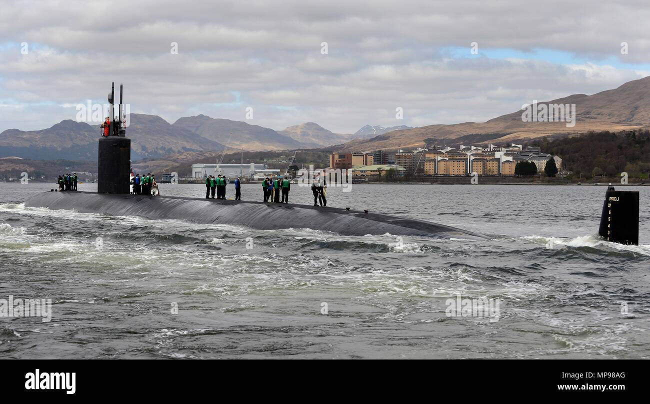 The U.S. Navy Los Angeles-class fast-attack submarine USS Springfield arrives at Her Majestys Naval Base Clyde April 19, 2016 in Faslane, Scotland, United Kingdom.   (photo by Royal Navy Photo via Planetpix) - Stock Image
