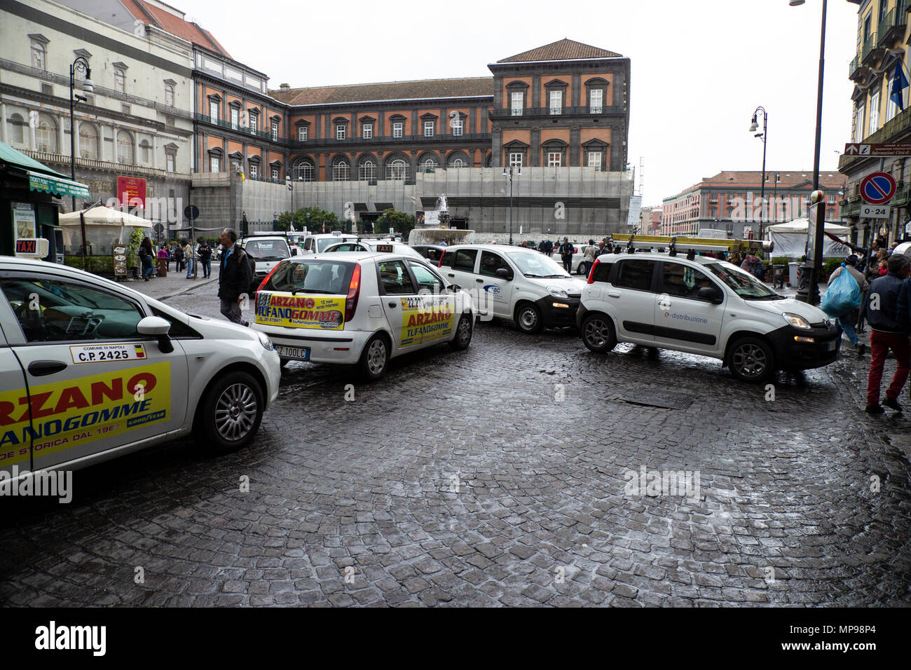 Traffic congestion in the city of Naples, Italy - Stock Image