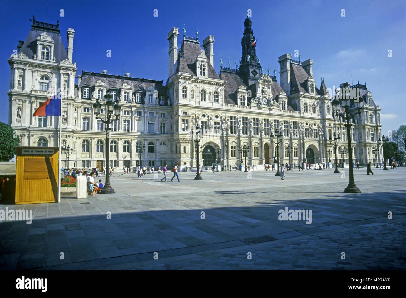 1988 HISTORICAL HOTEL DE VILLE ILE DE LA CITE PARIS FRANCE - Stock Image