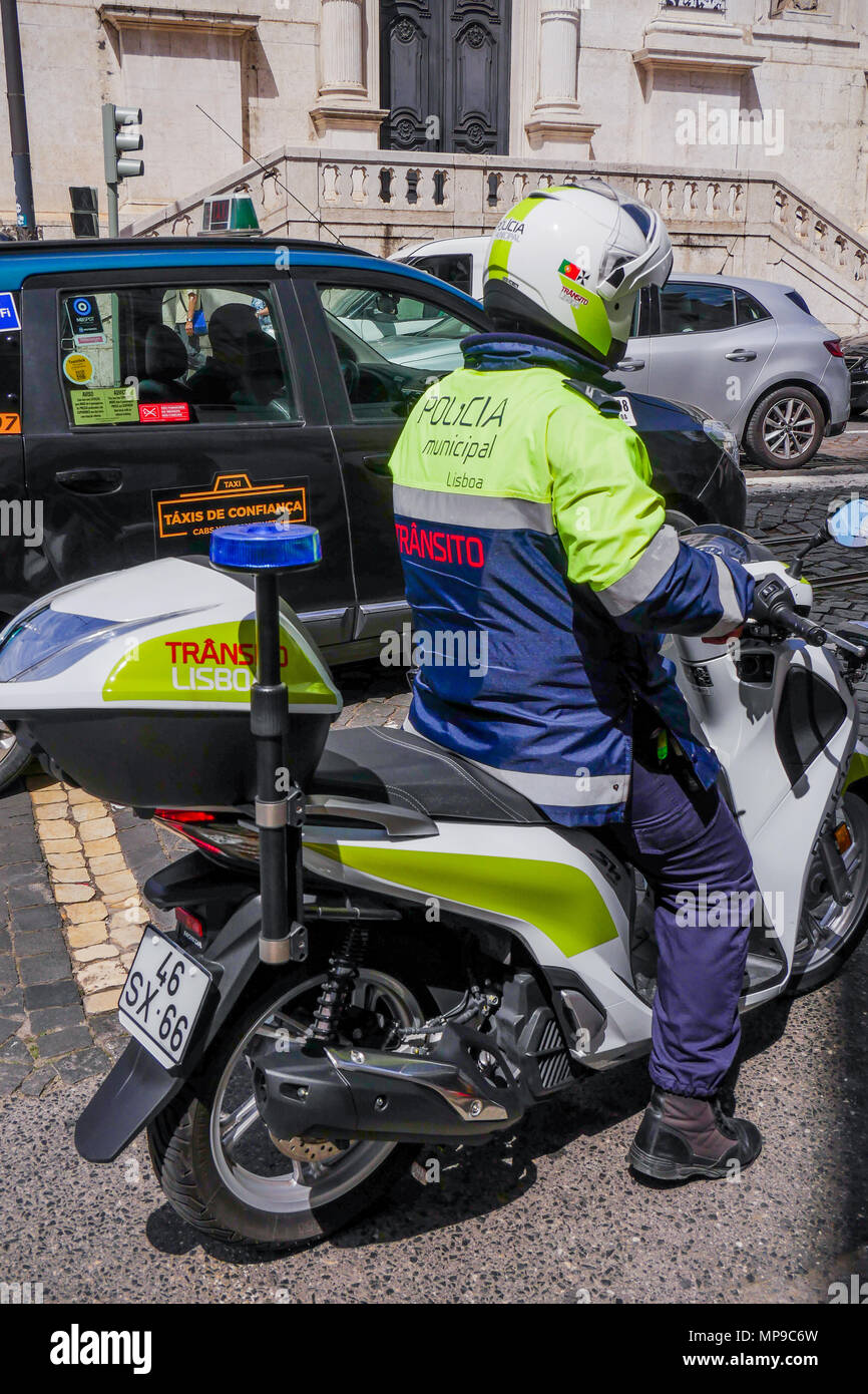 Traffic police officer, Lisbon, Portugal - Stock Image