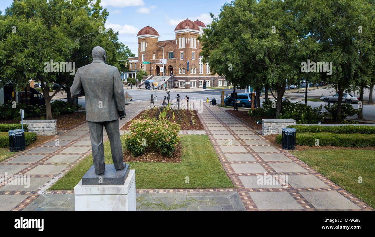 Martin Luther King, MLK Statue, Kelly Ingram Park,  Sixteenth Street Baptist Church, Birmingham, Alabama, USA - Stock Image