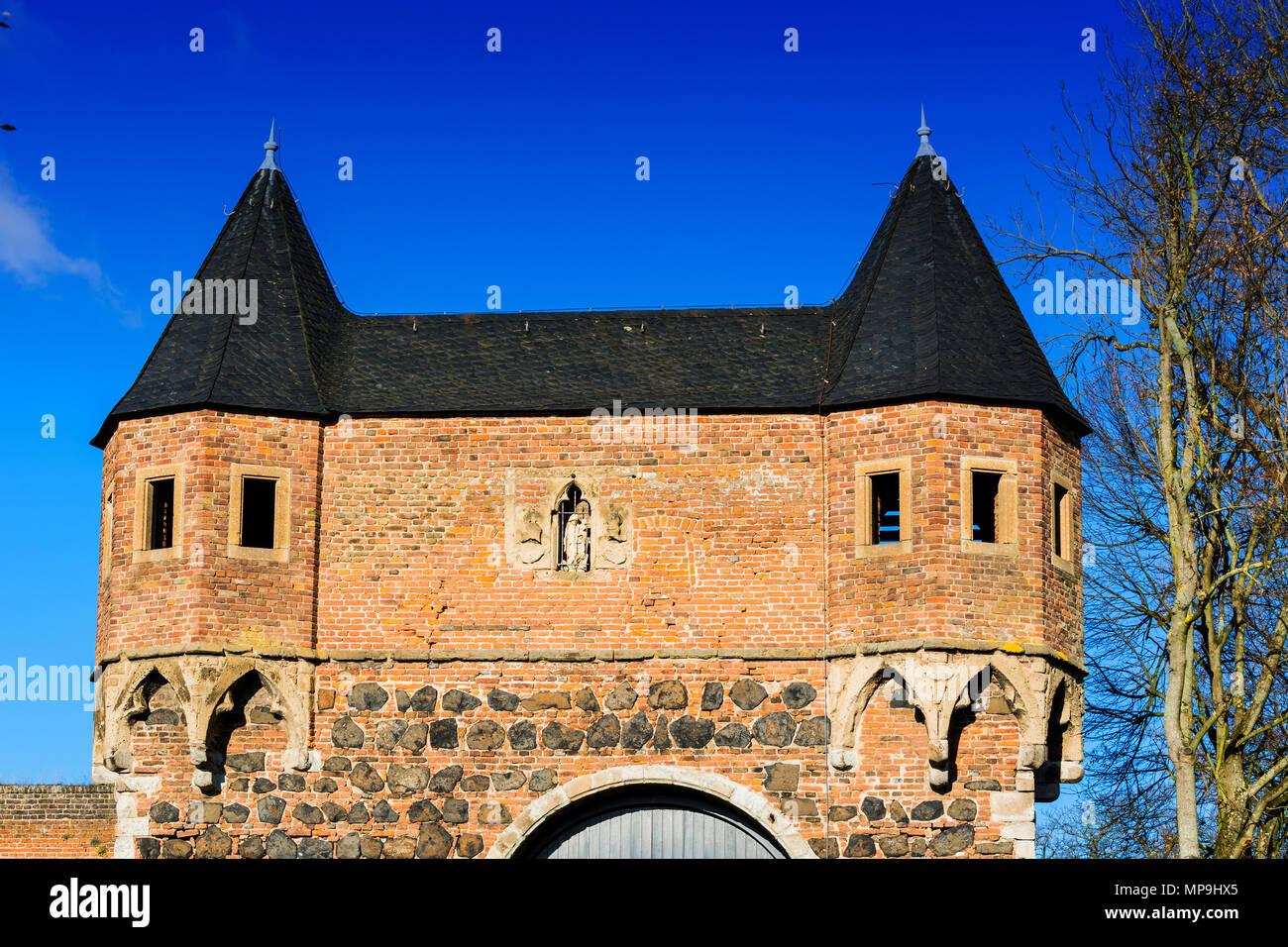 Zons, South Gate in Dormagen-Zons, Niederrhein, North Rhine-Westphalia - Stock Image