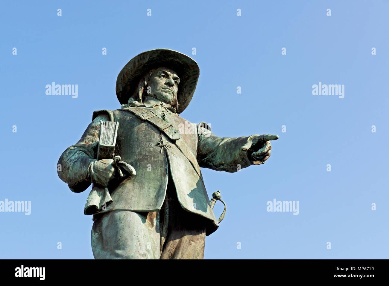 Statue of Oliver Cromwell, St Ives, Cambridgeshire, England UK - Stock Image