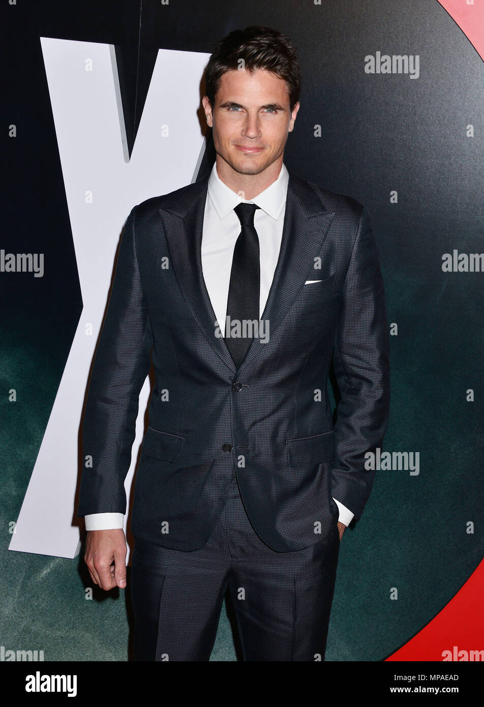 Robbie Amell 040  at The X-Files Premiere at California Science Center in Los Angeles, CA  January 12, 2016.Robbie Amell 040 ------------- Red Carpet Event, Vertical, USA, Film Industry, Celebrities,  Photography, Bestof, Arts Culture and Entertainment, Topix Celebrities fashion /  Vertical, Best of, Event in Hollywood Life - California,  Red Carpet and backstage, USA, Film Industry, Celebrities,  movie celebrities, TV celebrities, Music celebrities, Photography, Bestof, Arts Culture and Entertainment,  Topix, Three Quarters, vertical, one person,, from the year , 2016, inquiry tsuni@Gamma-USA - Stock Image