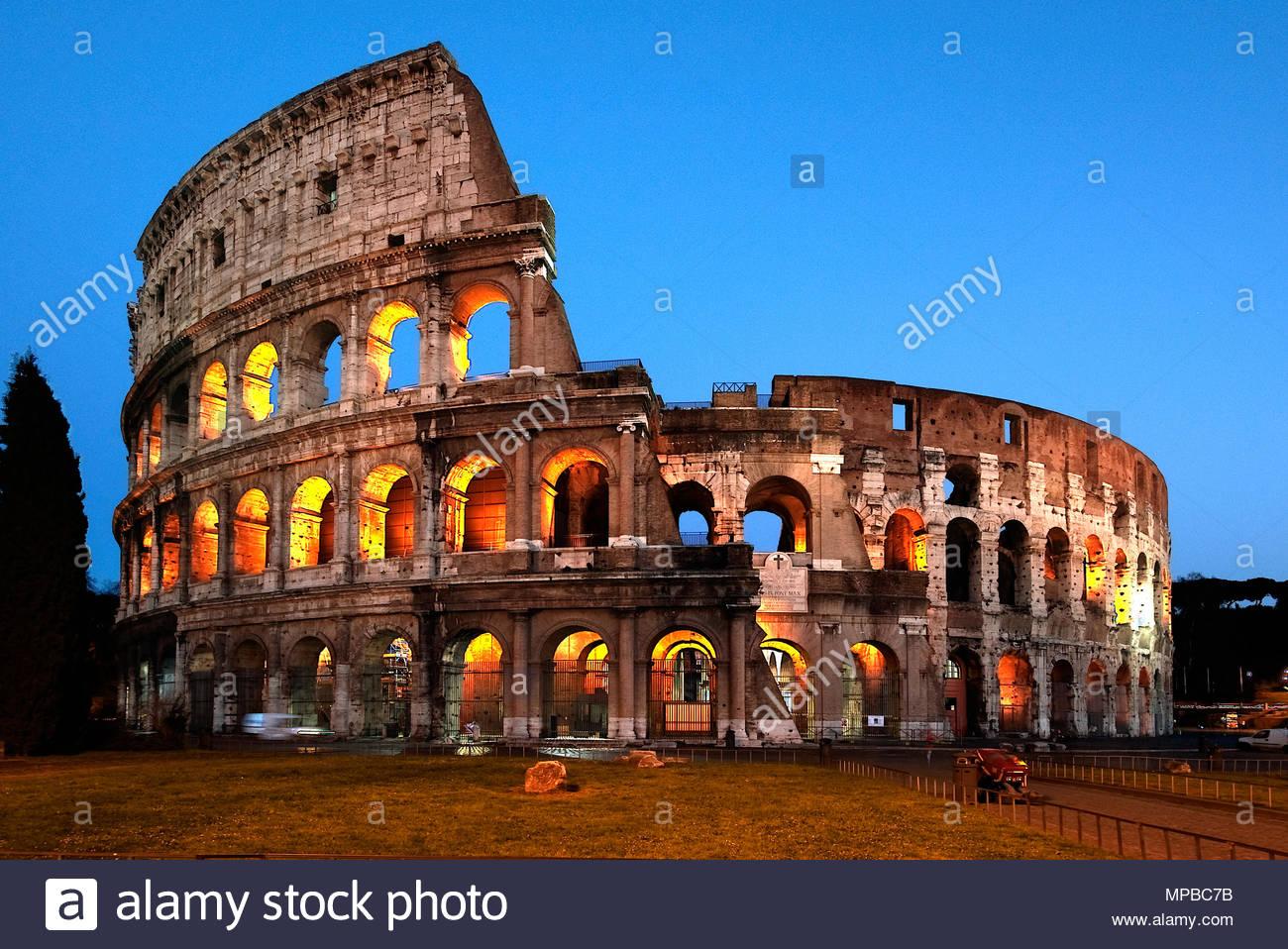 Colosseum, blue hour photography / Rome | Kolosseukm, blaue Stunde / Rom - Stock Image