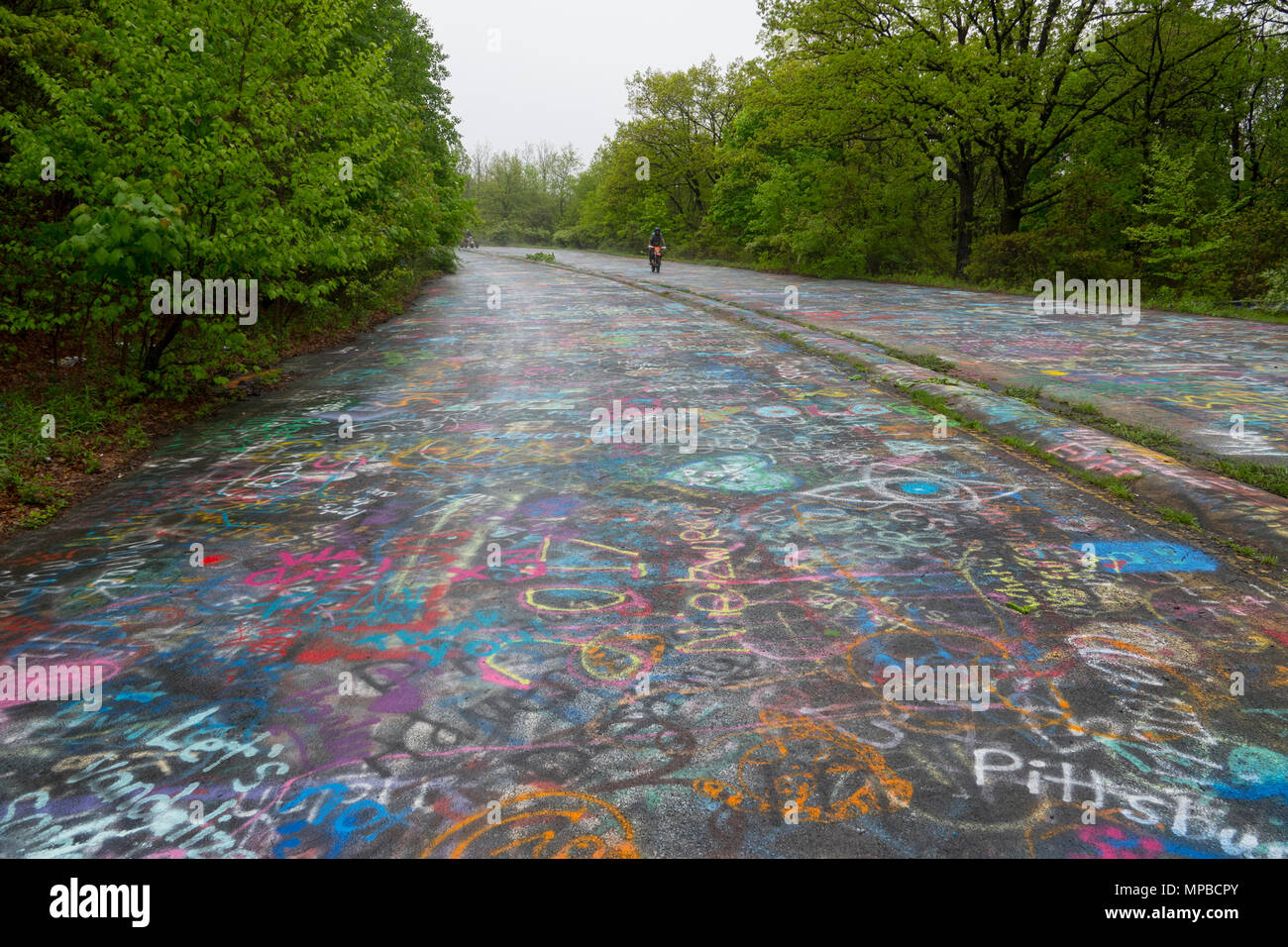 USA Pennsylvania PA Centralia An abandoned town and highway after a coal mine fire in 1962 Mortorcycle Stock Photo