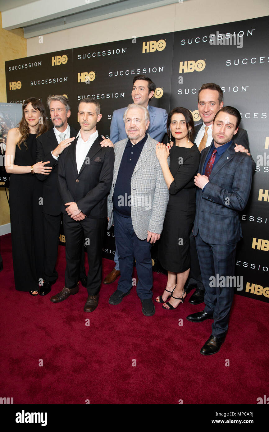New York, NY - May 22, 2018: Natalie Gold, Alan Ruck, Jeremy Strong, Nicholas Braun, Brian Cox, Hiam Abbass, Matthew Macfadyen, Kieran Culkin, J.Smith-Cameron attend HBO drama Succession premiere at Time Warner Center Credit: lev radin/Alamy Live News - Stock Image