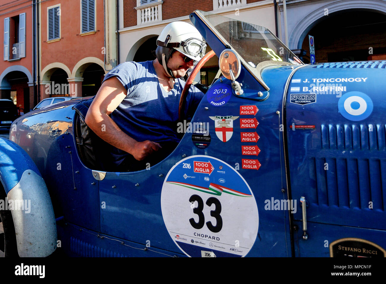 Modena, Italy. 21th, May 2016.  (L-R)  Juan Tonconogy and Barbara Ruffini from Argentina, with their model car Bugatti 40 (1927), partecipate in the r Stock Photo