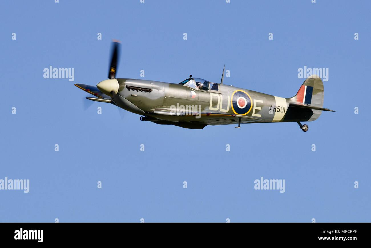 Shuttleworth Collection's Supermarine Spitfire AR501 looking