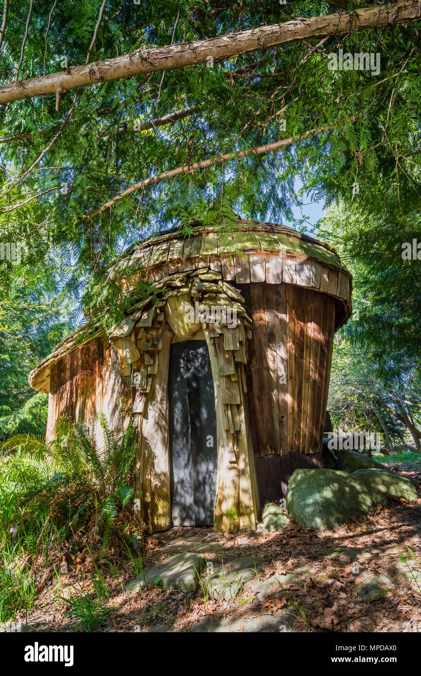 Private sauna in woodland, Hornby Island, BC, Canada. - Stock Image