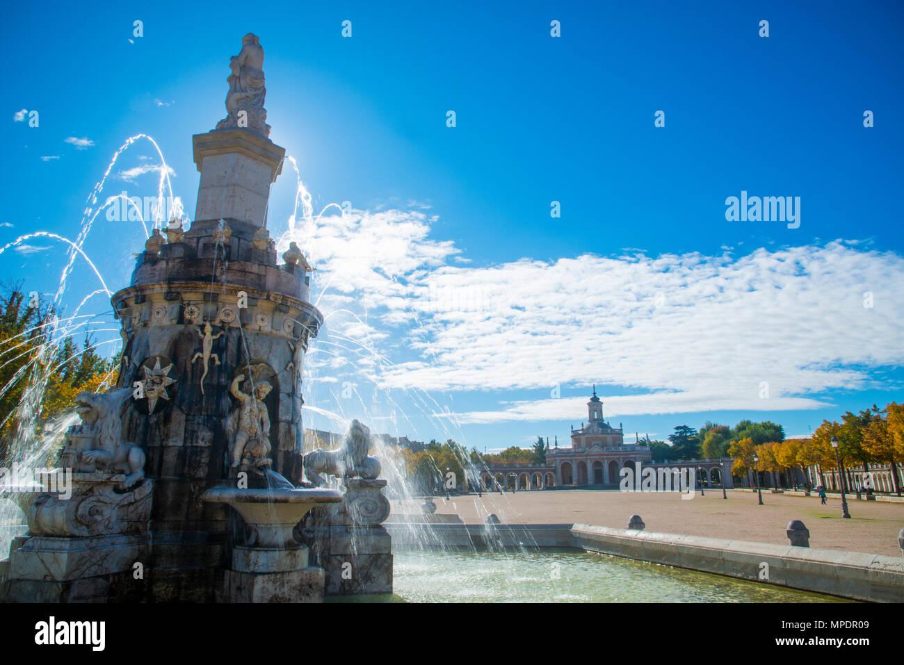 Fountain at San Antonio Square. Aranjuez, Madrid province, Spain. - Stock Image