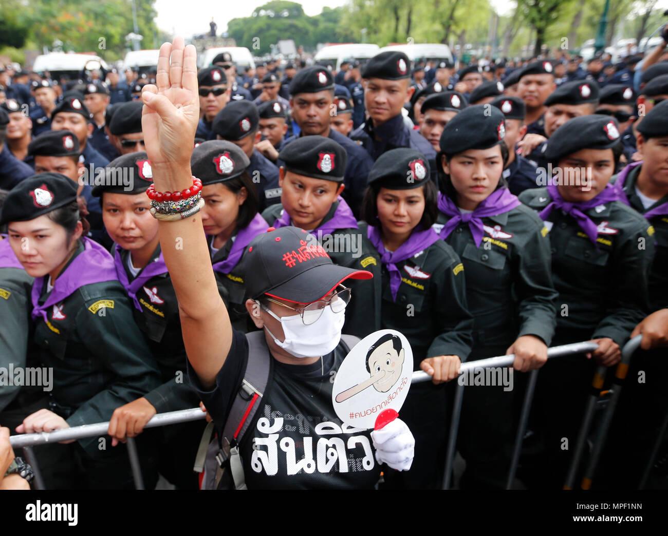 22nd May 2018 Thai Pro Democracy Activist Hold Hand