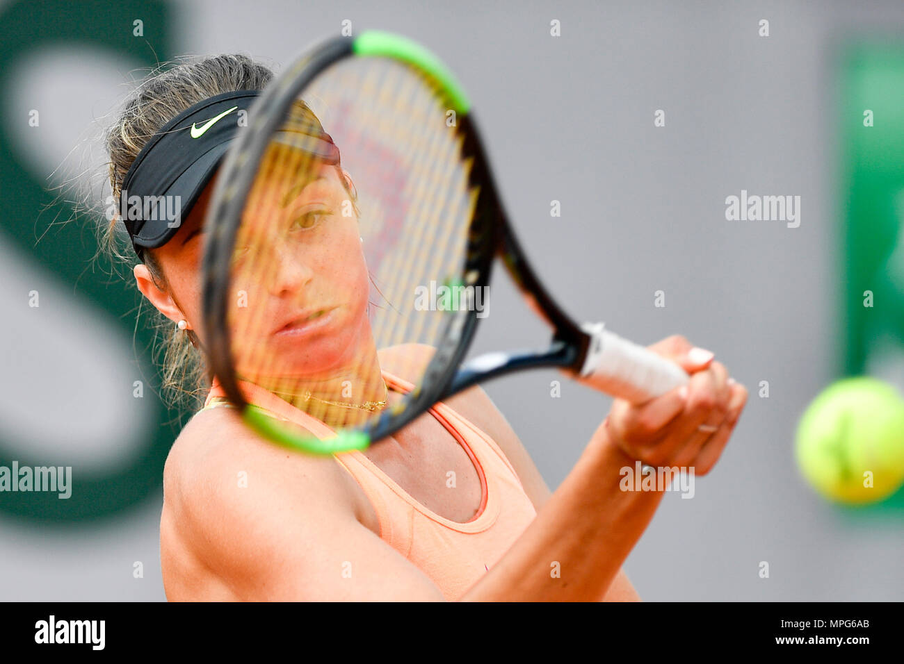 Paris. 23rd May, 2018. Margot Yerolymos of France returns the ball to Lu Jiajing of China during the women's singles Qualification 1st round match of French Open in Paris, France on May 23, 2018. Margot Yerolymos won 2-0. Credit: Chen Yichen/Xinhua/Alamy Live News Stock Photo