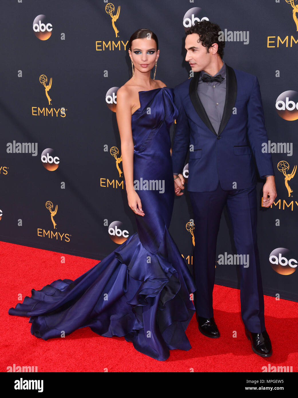 Emily Ratajkowski, Zac Posen 112 at the 68th Emmy Awards 2016 at the Microsoft Theatre in Los Angeles. September 18, 2016.Emily Ratajkowski, Zac Posen 112  Event in Hollywood Life - California, Red Carpet Event, USA, Film Industry, Celebrities, Photography, Bestof, Arts Culture and Entertainment, Topix Celebrities fashion, Best of, Hollywood Life, Event in Hollywood Life - California, Red Carpet and backstage, movie celebrities, TV celebrities, Music celebrities, Arts Culture and Entertainment, vertical, one person, Photography,    inquiry tsuni@Gamma-USA.com , Credit Tsuni / USA,   group or c Stock Photo