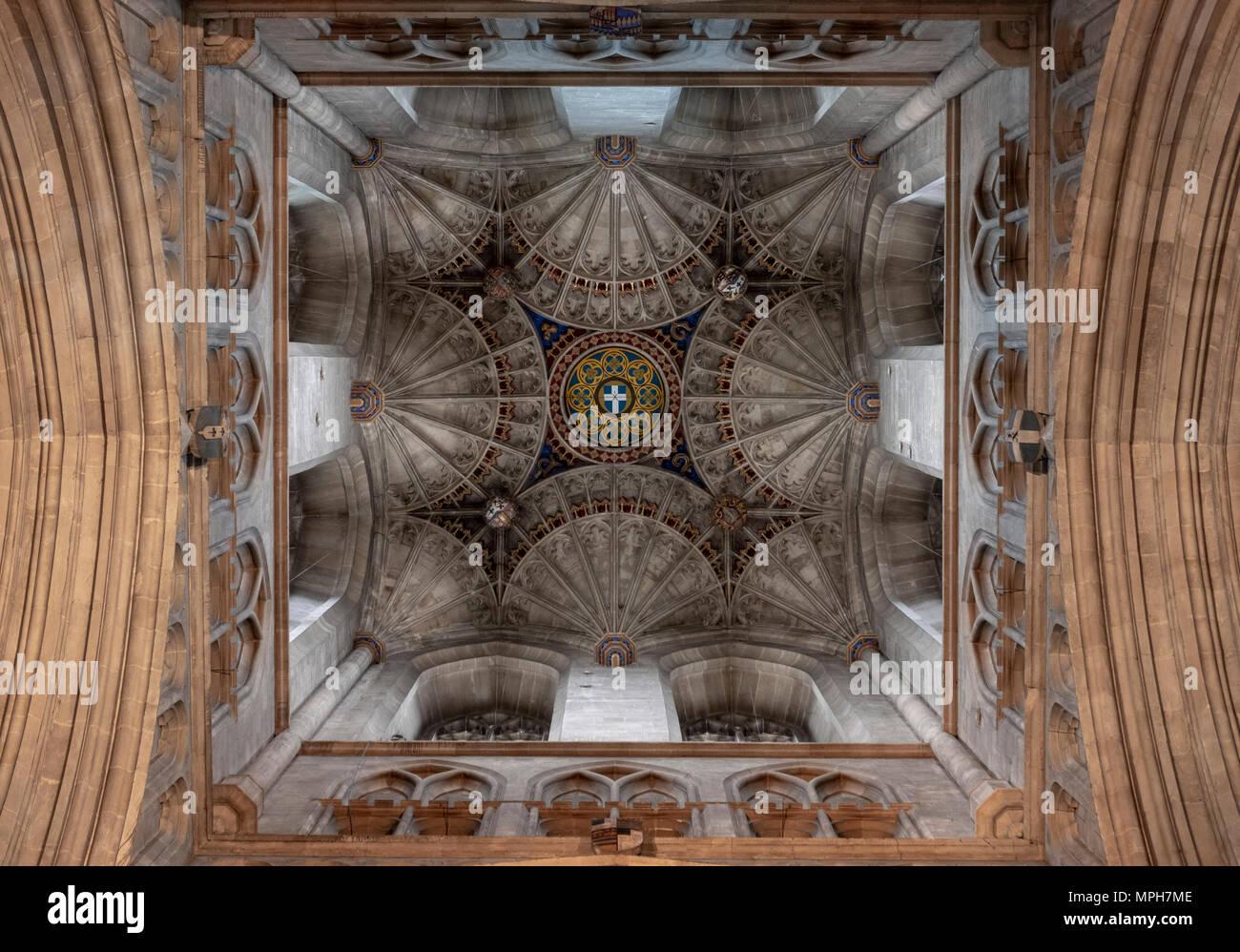 Canterbury, Cathedral, Blick in den Vierungsturm mit Fächergewölben - Stock Image