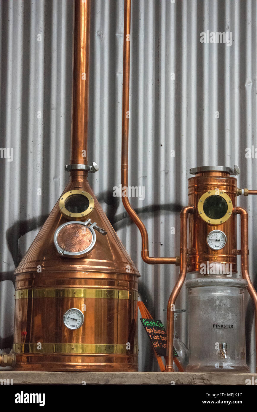 Distilling Stock Photos & Distilling Stock Images - Alamy