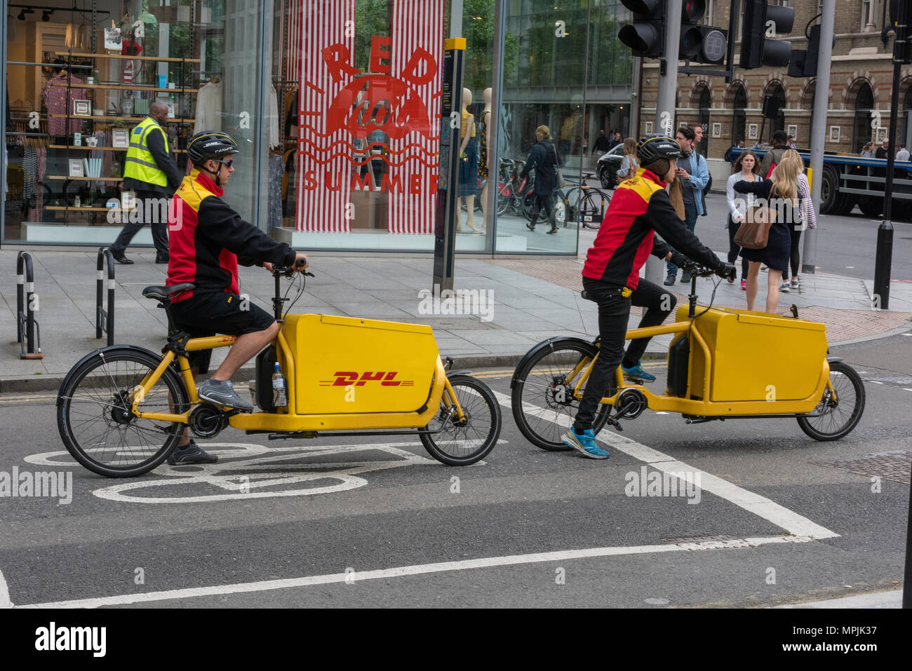 Couriers Stock Photos & Couriers Stock Images - Alamy