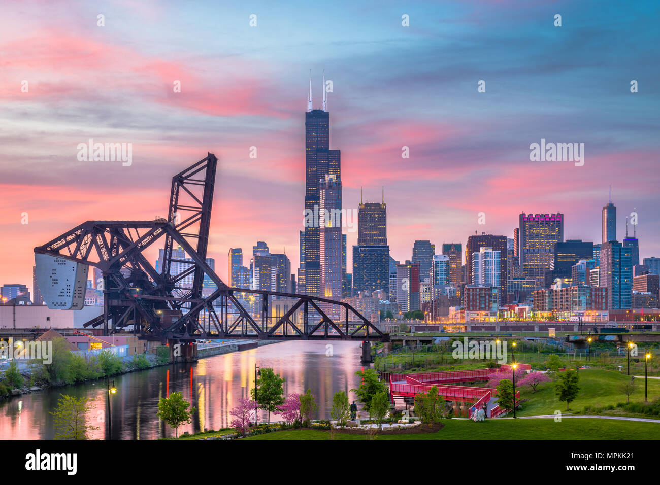 Chicago, Illinois, USA park and downtown skyline at twilight. - Stock Image