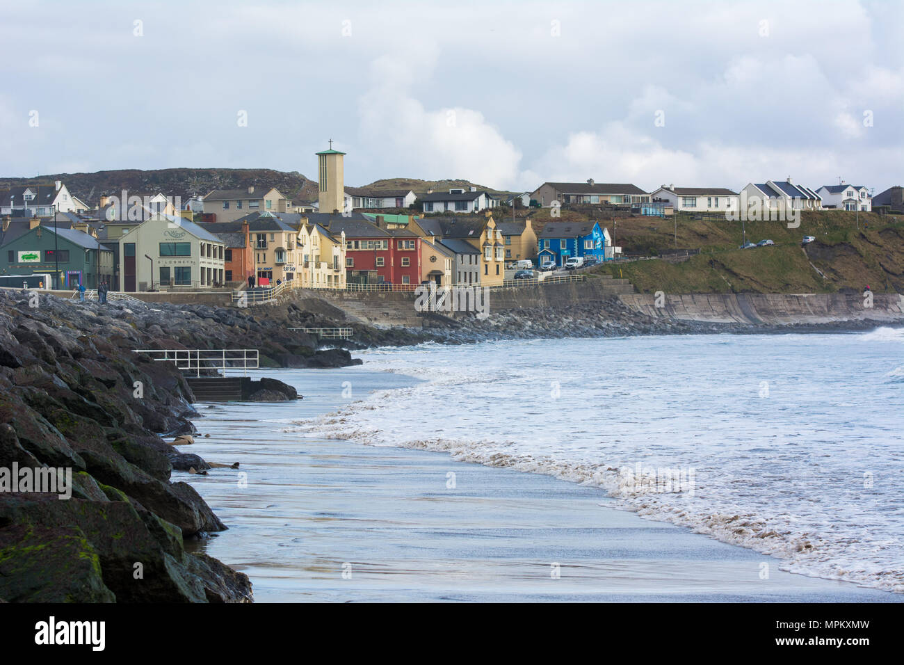 Lahinch beach and village along the Wild Atlantic Way in County Clare on the west coast of Ireland - Stock Image
