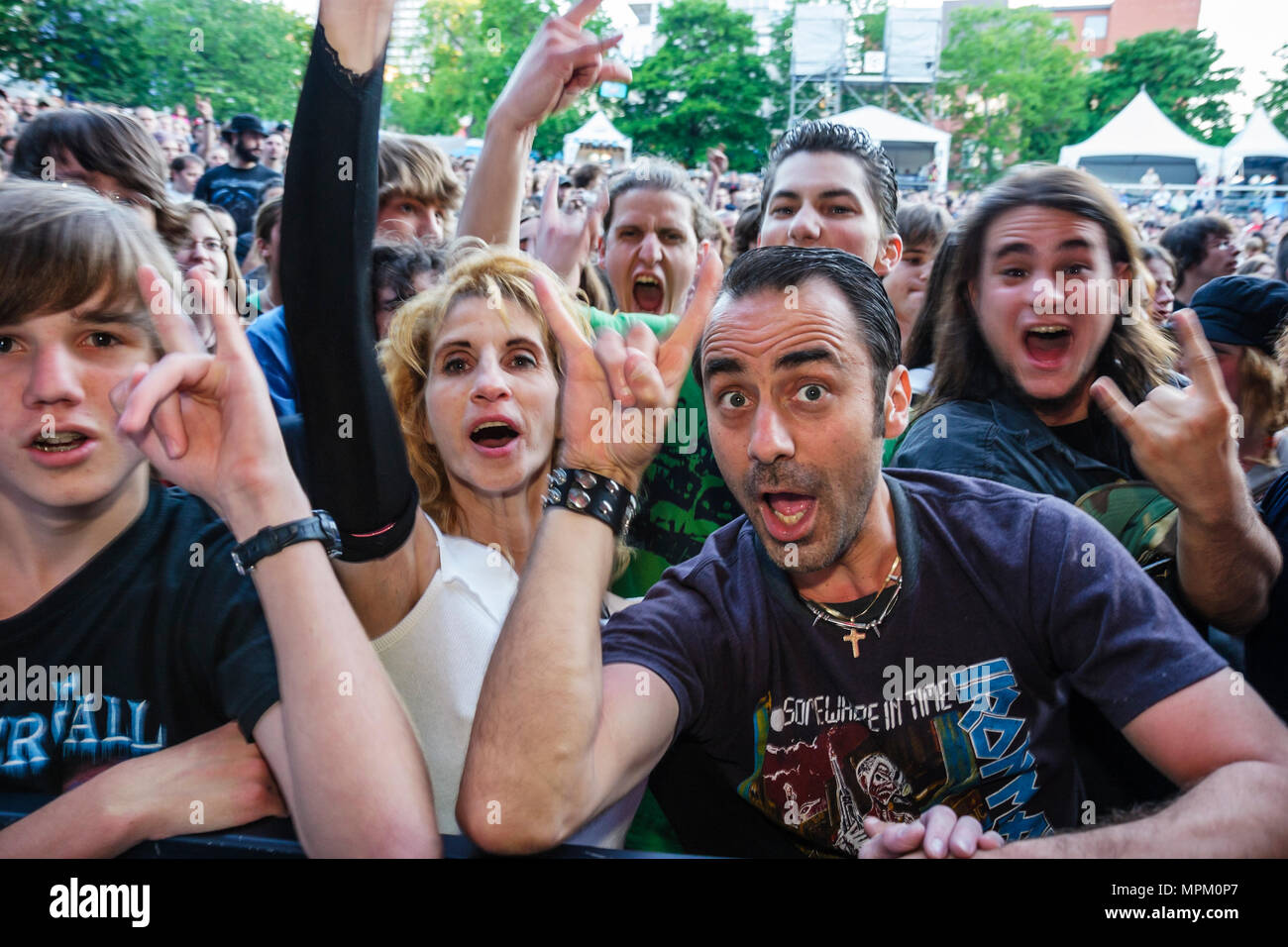 Quebec City Canada Grande Allee Le Pigeonner Park Summer Festival Forgotten Tales power heavy metal band Sonia Pineault singer concert fans family - Stock Image