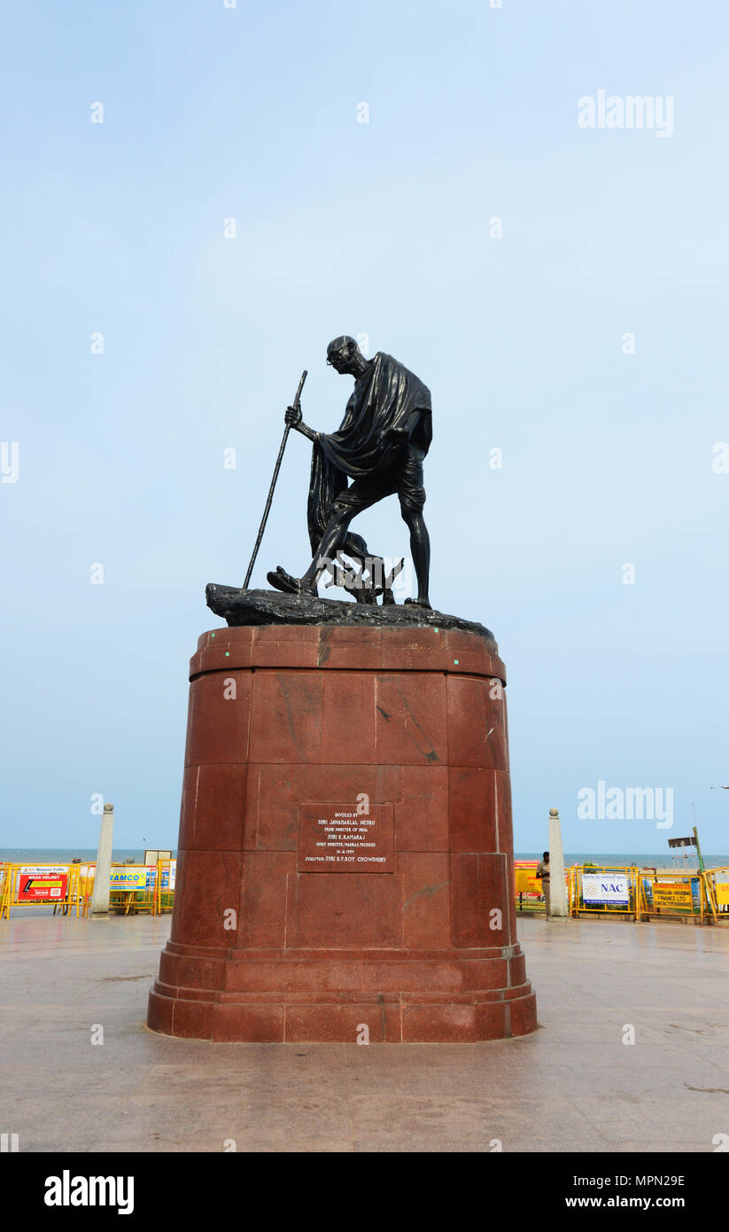 Statue of mahatma gandhi at marina beach - Stock Image