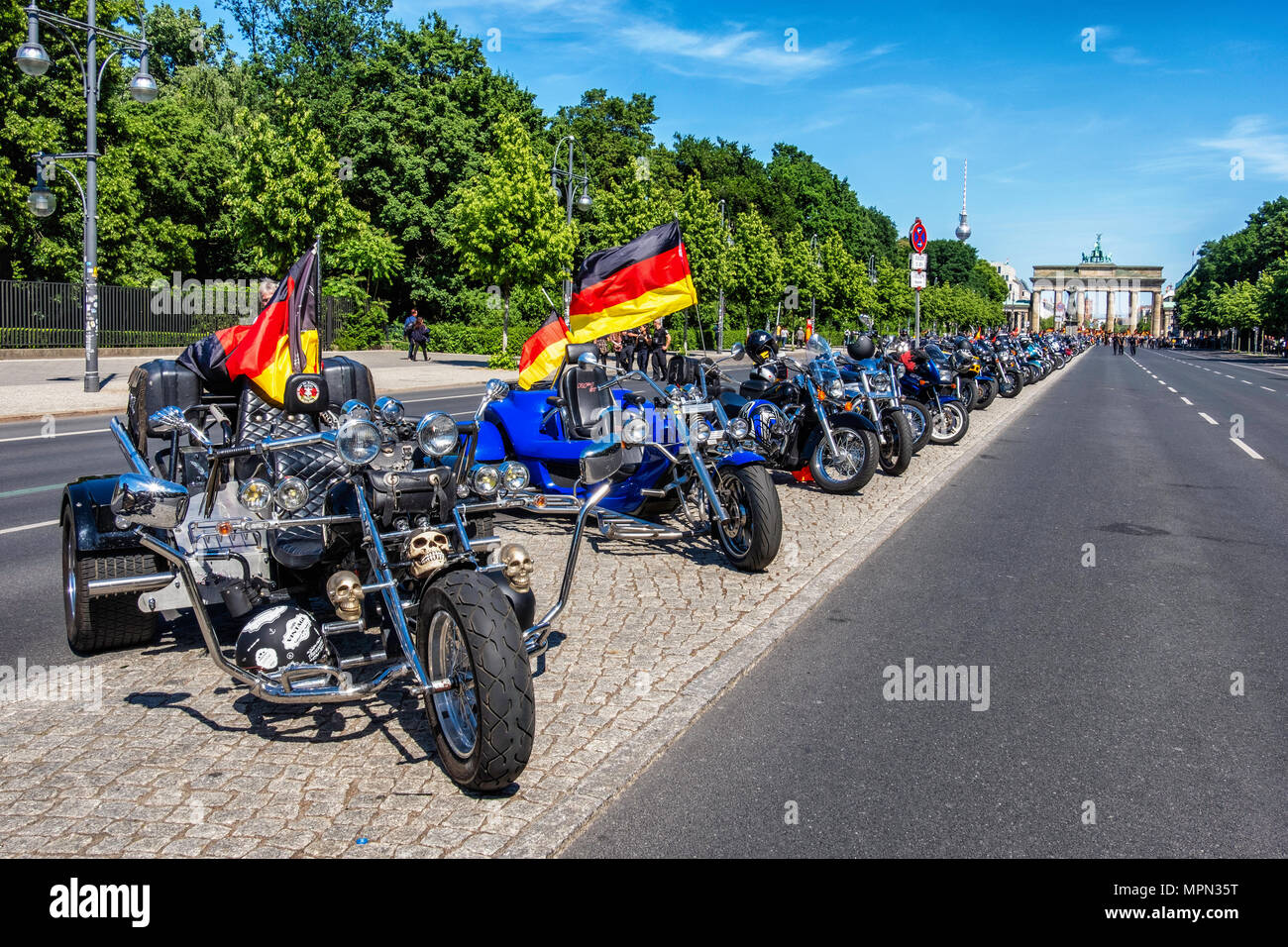 Berlin Mitte, Hundreds of Bikers protest at the Brandenburg Gate for protection of Women, Children and Old People in Germany. - Stock Image