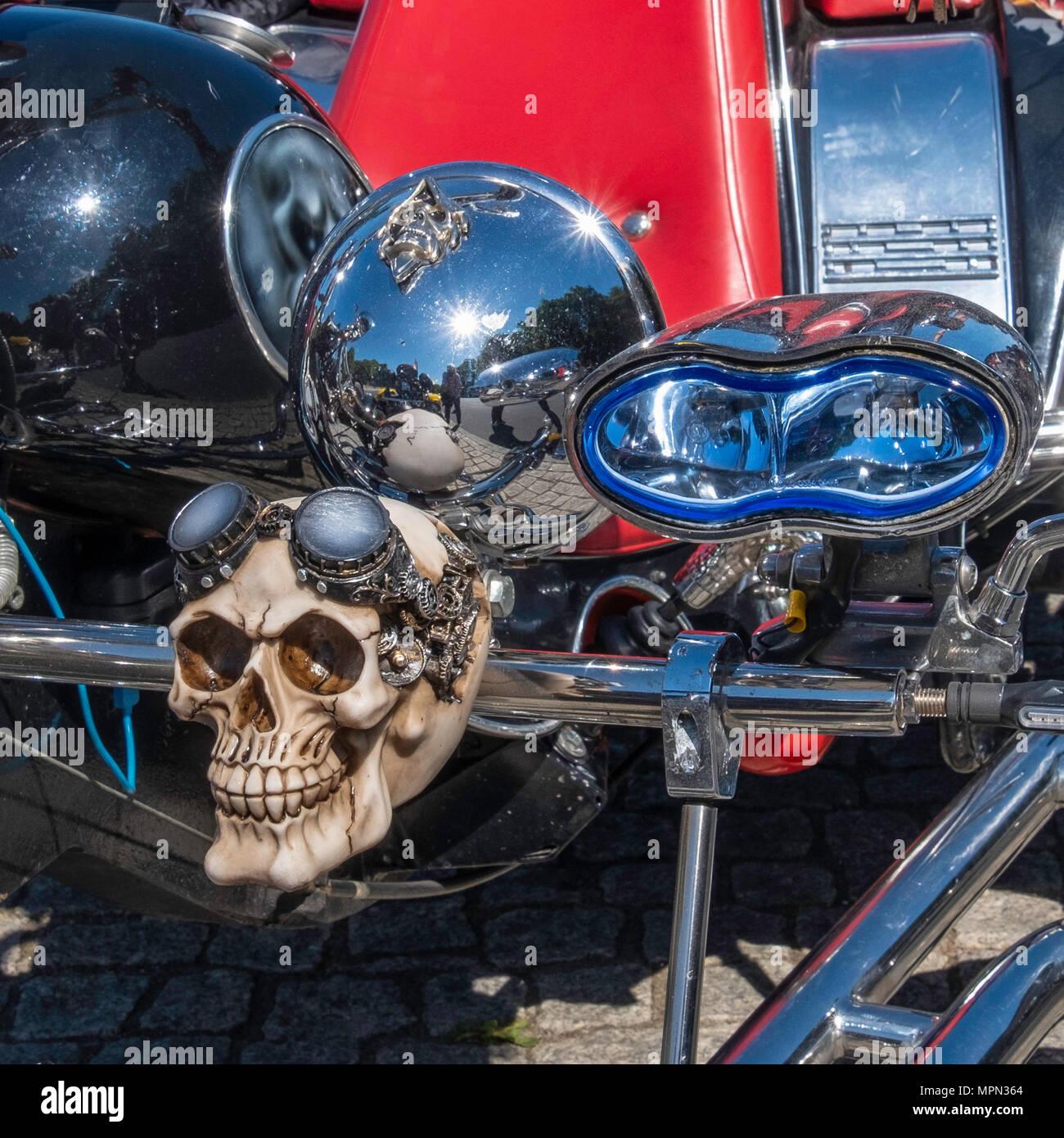 Berlin Mitte, Motor bike detail. Parked bike with skull mascot a at Bikers Demo. - Stock Image