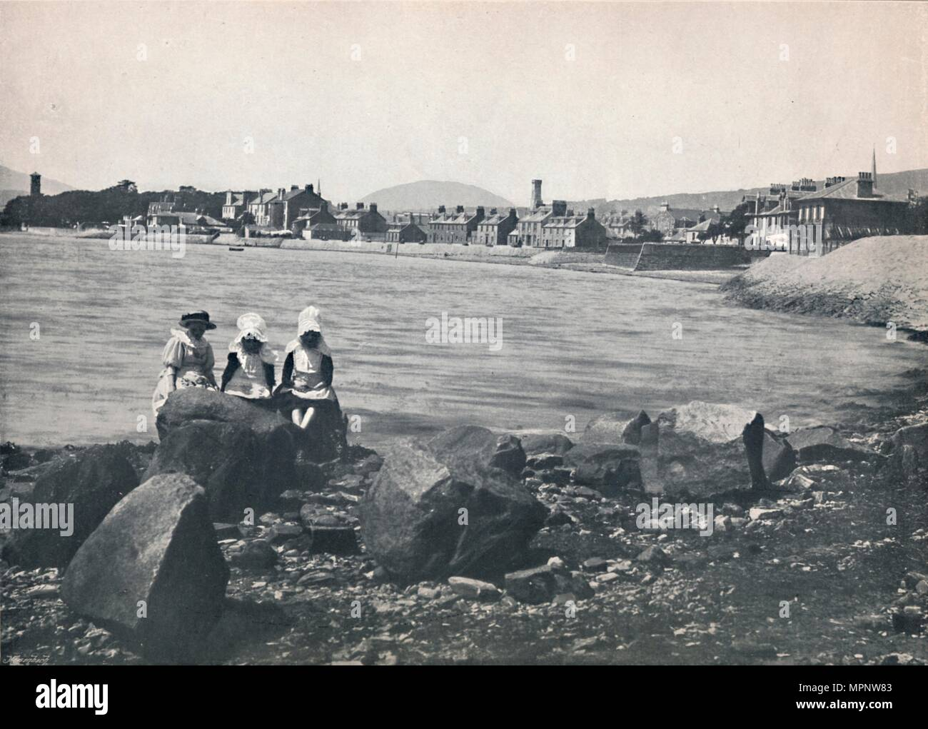 'Helensburgh - East Bay', 1895. Artist: Unknown. - Stock Image