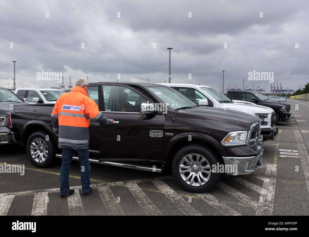 New Vehicles 2017 >> Bremerhaven Germany 12th June 2017 New Vehicles Of Us