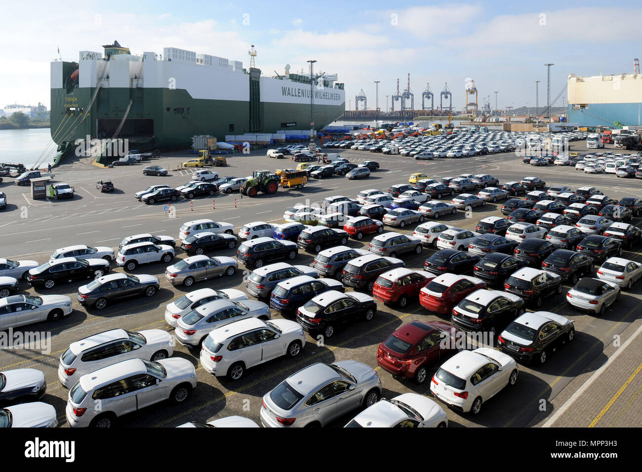 German Made Cars >> Bremerhaven Germany 02nd Oct 2015 New Bmw Cars Waiting