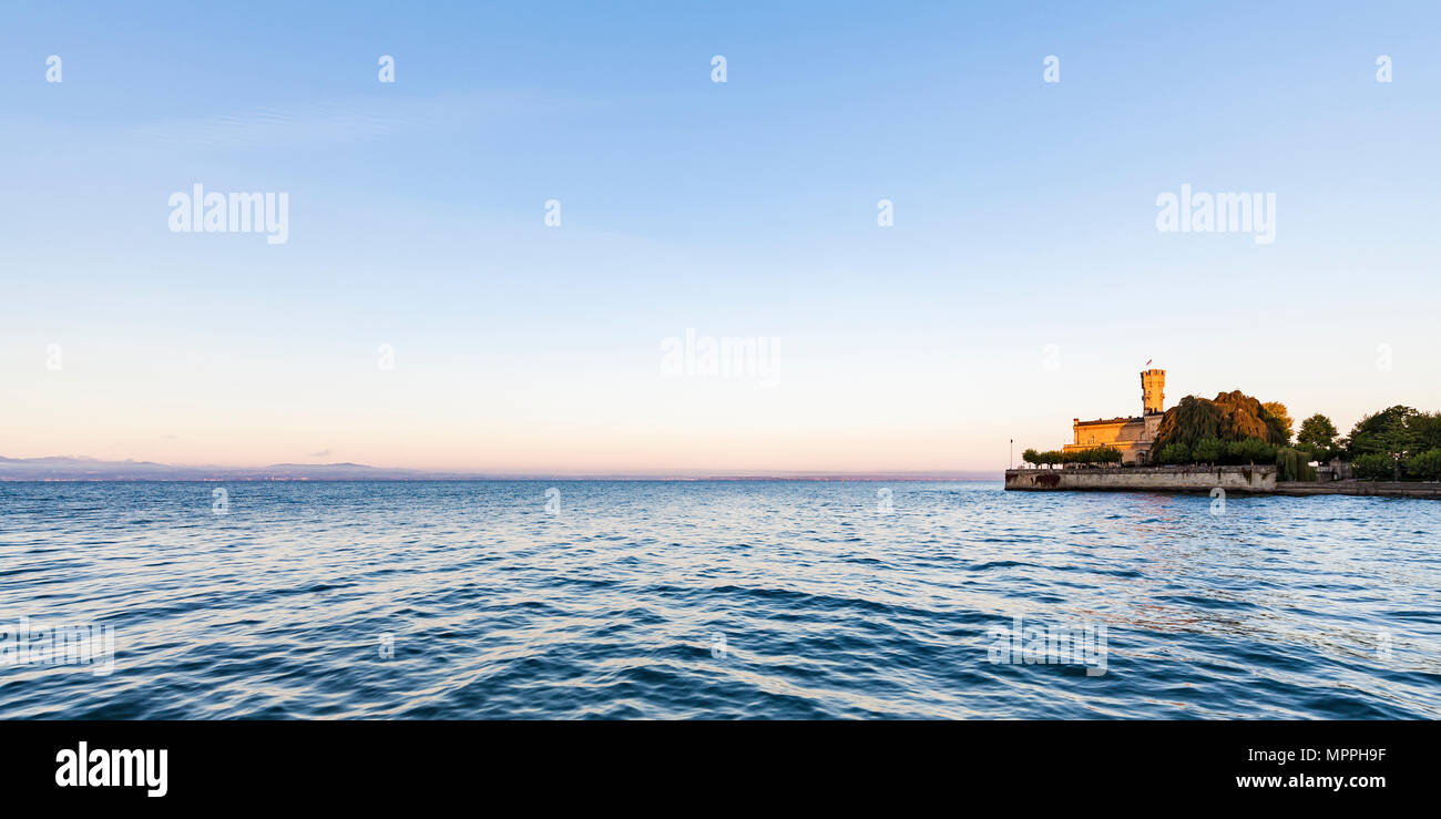 Germany, Baden-Wuerttemberg, Langenargen, Lake Constance, Panoramic view of Montfort Castle - Stock Image