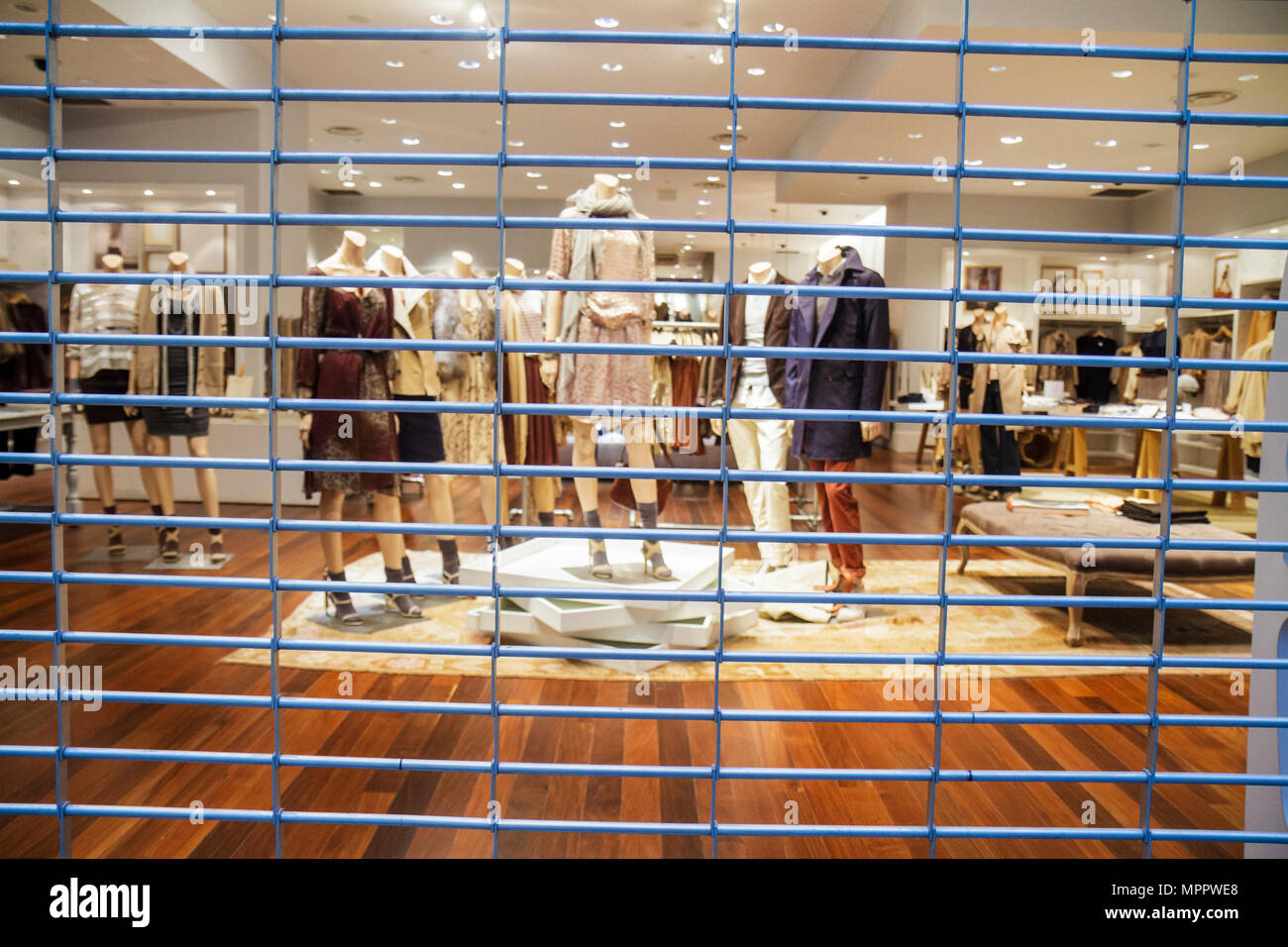 Toronto Canada Ontario Yonge Street Downtown Yonge Eaton Centre center shopping mall women's clothing store business closed secu - Stock Image