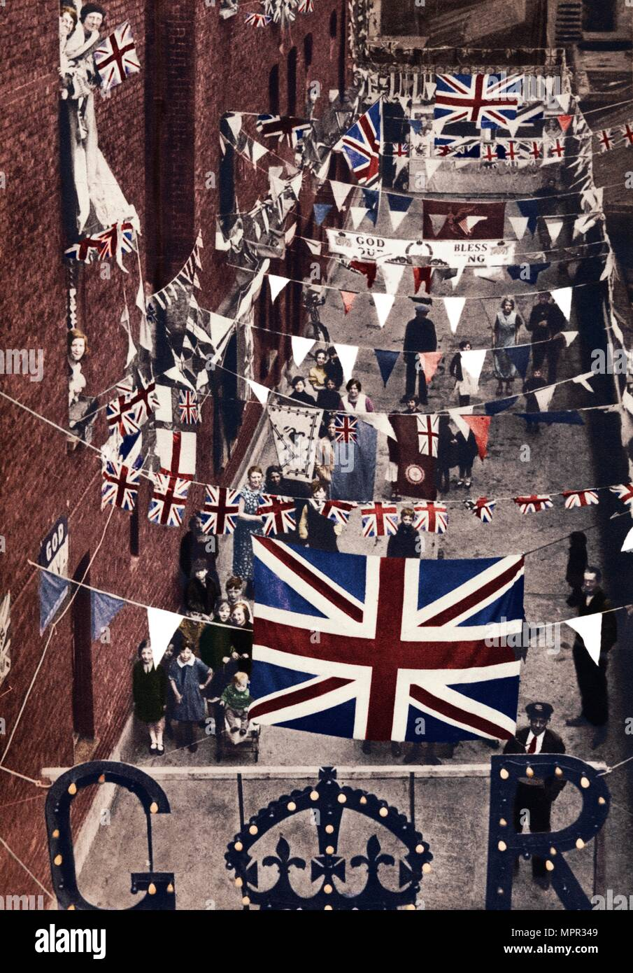 'Blackfriars, London, decoarted for King George VI's coronation', 1937. Artist: Unknown. - Stock Image