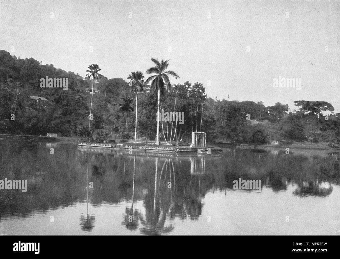 'Die Insel im See von Kandy', 1926. Artist: Unknown. - Stock Image
