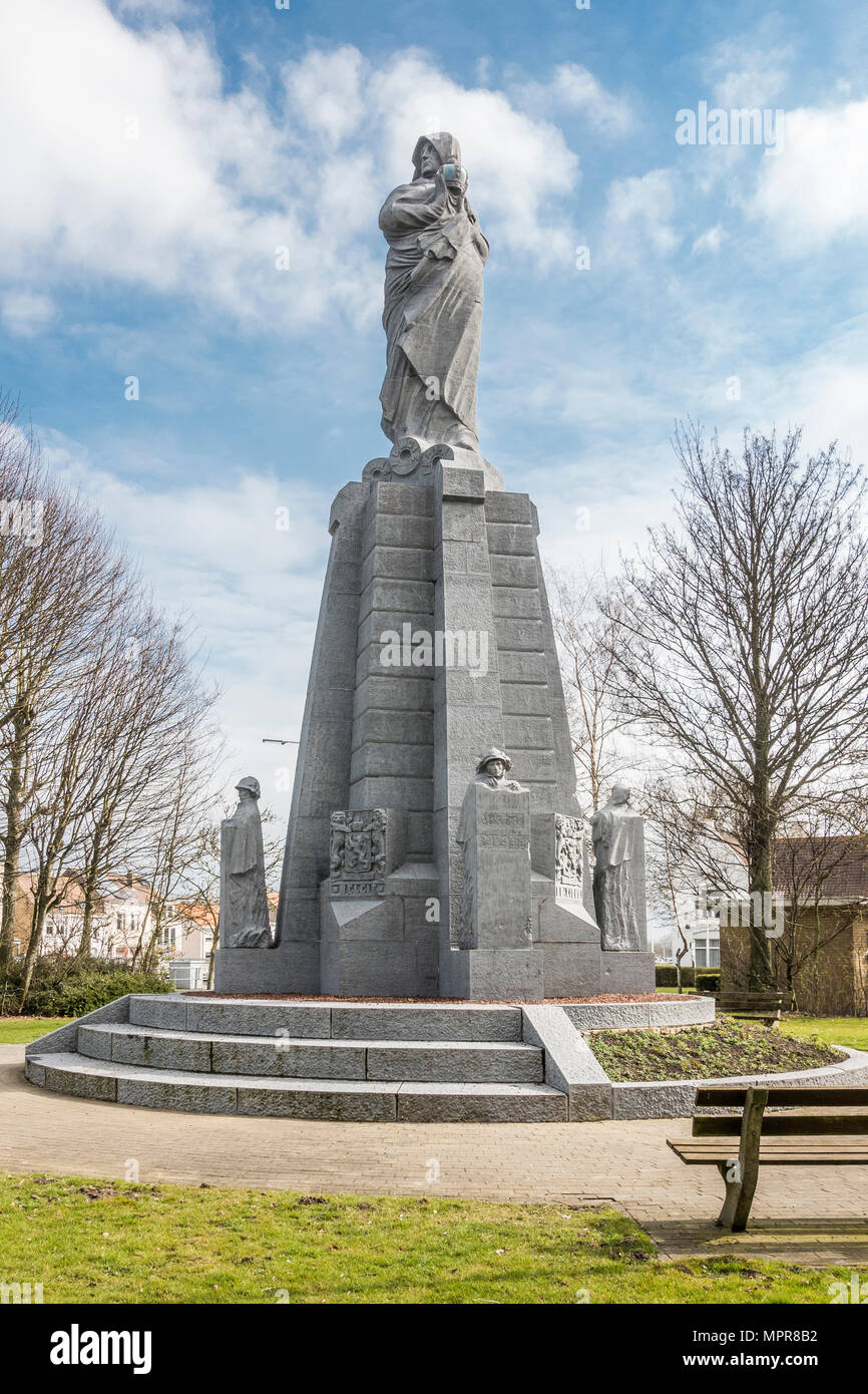 Ijzer Monument, First World War, commemorates the 1914 flooding of the front against the German army, Nieuwpoort, West Flanders Stock Photo
