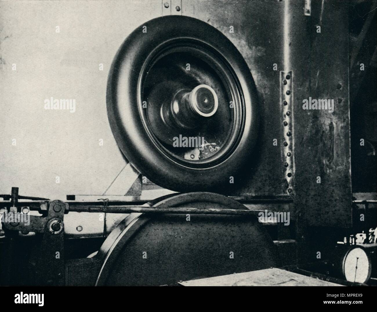'One of Sir Malcolm Campbell's tyres running at 300 m.p.h.', 1937. Artist: Unknown. - Stock Image