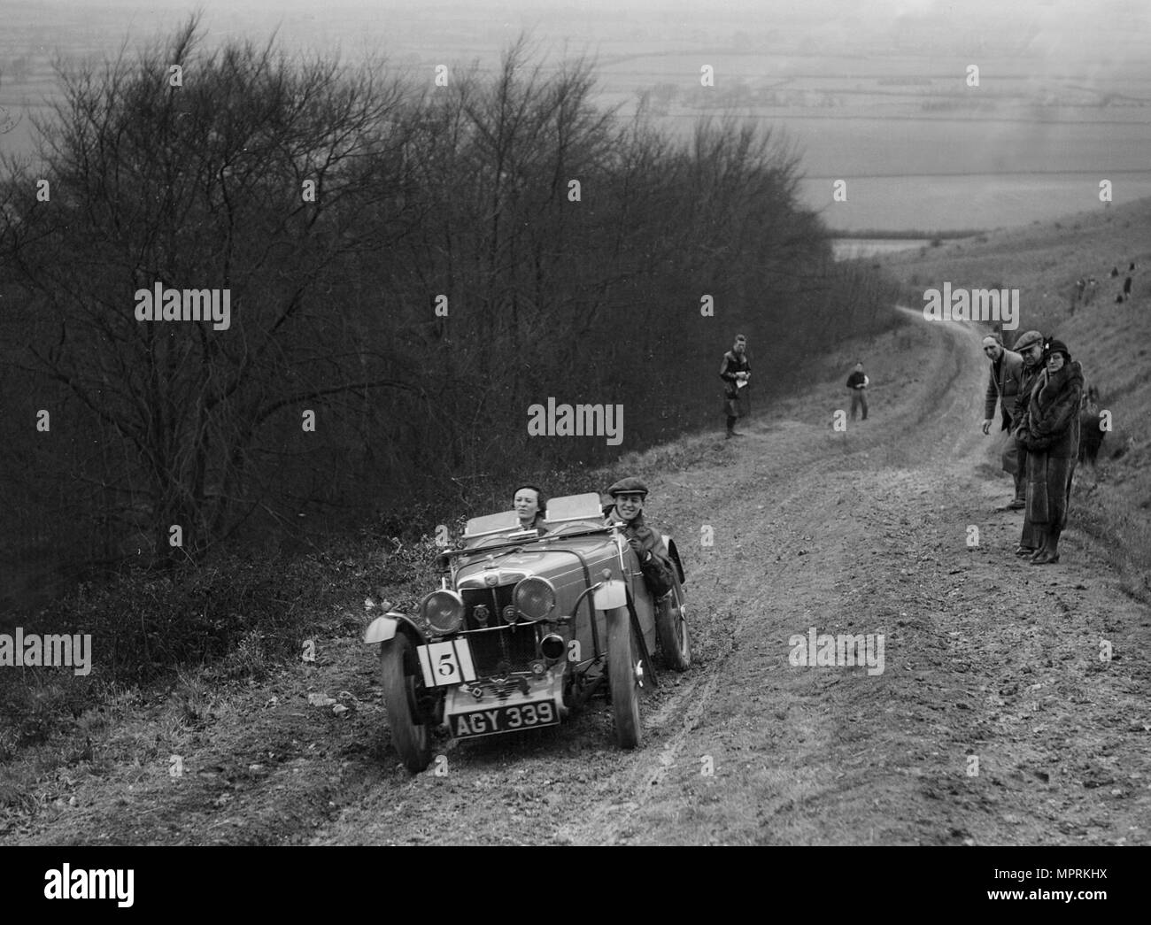 MG J2 competing in a trial, Crowell Hill, Chinnor, Oxfordshire, 1930s. Artist: Bill Brunell. - Stock Image