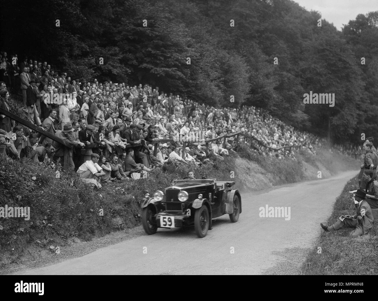 Morris special of Barbara Skinner at the MAC Shelsley Walsh Hill Climb, Worcestershire, 1932. Artist: Bill Brunell. - Stock Image